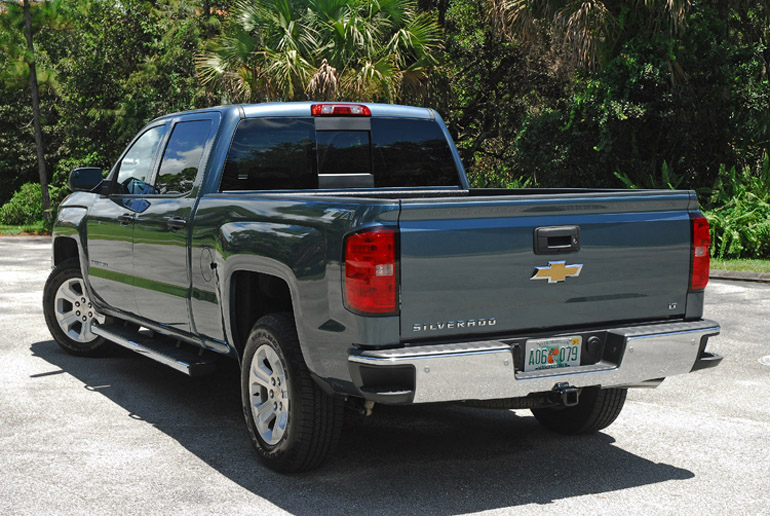 2014 Chevy Silverado 1500 Z71  Crew Beauty Rear Done Small