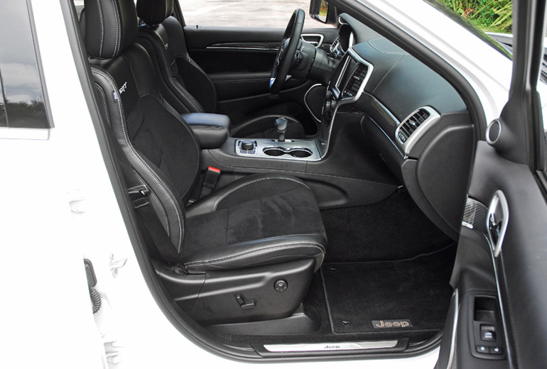 2014 Jeep GC SRT Front Seats Done Small