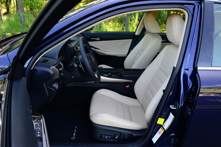 2014-lexus-is-350-front-seats