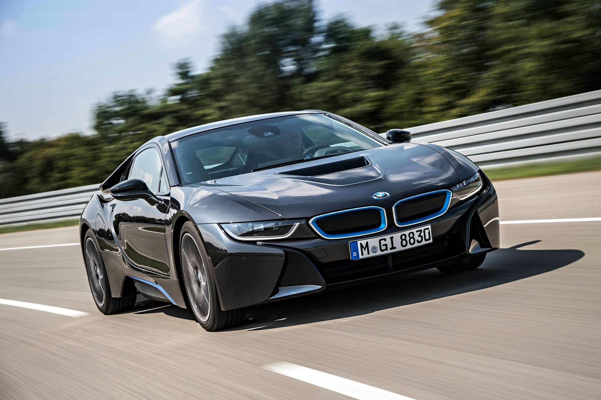 world debut 2014 bmw i8 suggested retail price of 135 925. Black Bedroom Furniture Sets. Home Design Ideas