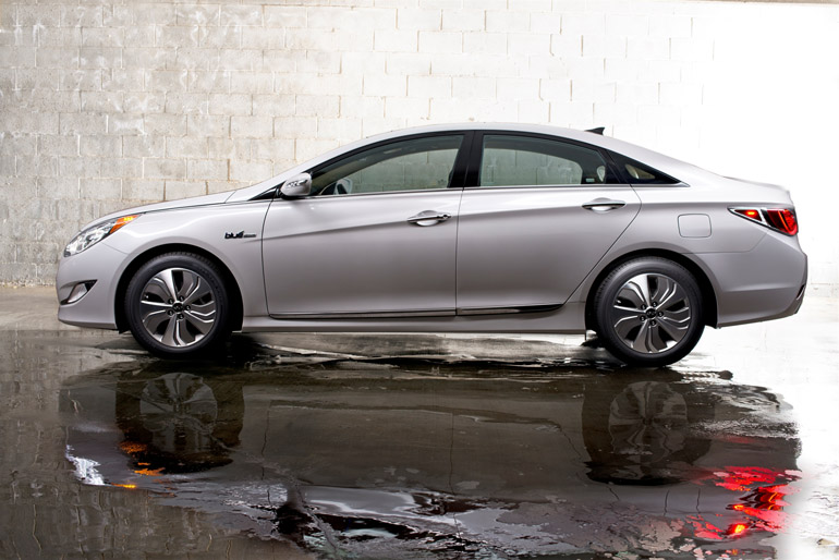 2013 hyundai sonata hybrid limited driving impressions. Black Bedroom Furniture Sets. Home Design Ideas