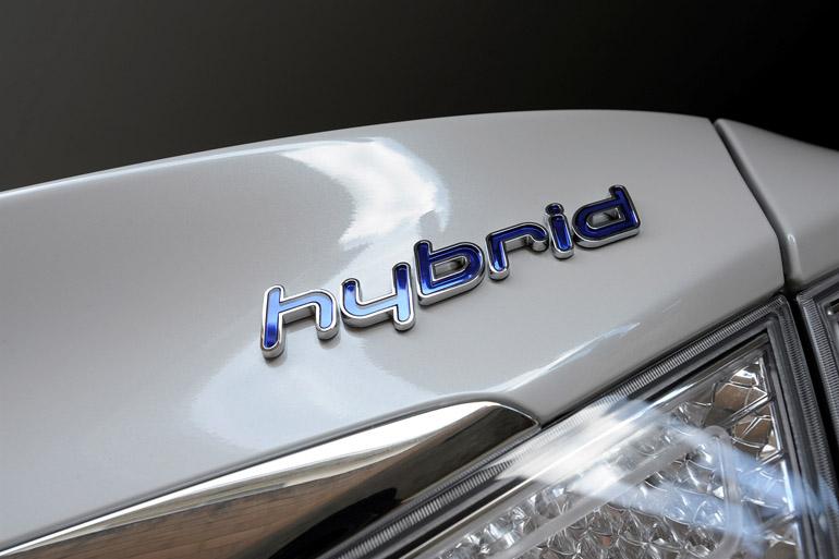 2013-hyundai-sonata-hybrid-8