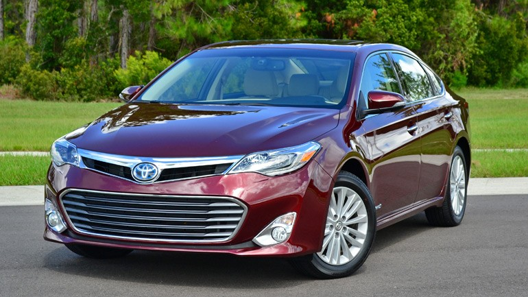 2013 Toyota Avalon Limited Hybrid Review & Test Drive