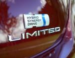 2013-toyota-avalon-hybrid-badge