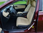 2013-toyota-avalon-hybrid-front-seats