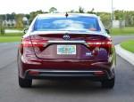 2013-toyota-avalon-hybrid-rear