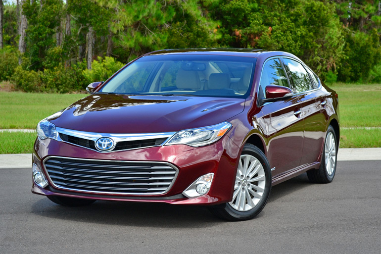 2013 toyota avalon hybrid limited review. Black Bedroom Furniture Sets. Home Design Ideas