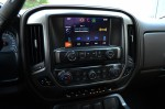 2014-Chevrolet-Silverado-1500-Crew-Cab-4x4-Z71-center-dash