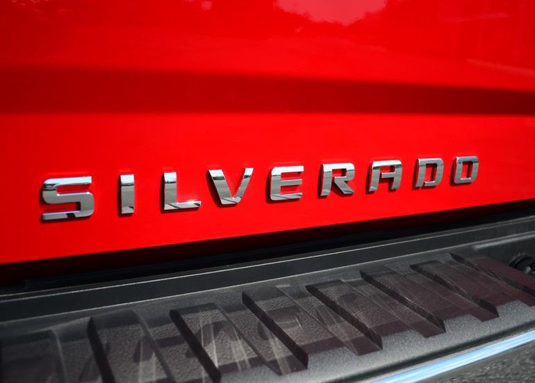 2014 Chevrolet Silverado 1500 Crew Cab 4 215 4 Z71 Emblem
