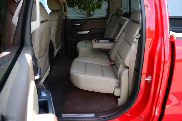 2014 Chevrolet Silverado 1500 Crew Cab 4 215 4 Z71 Rear Seats