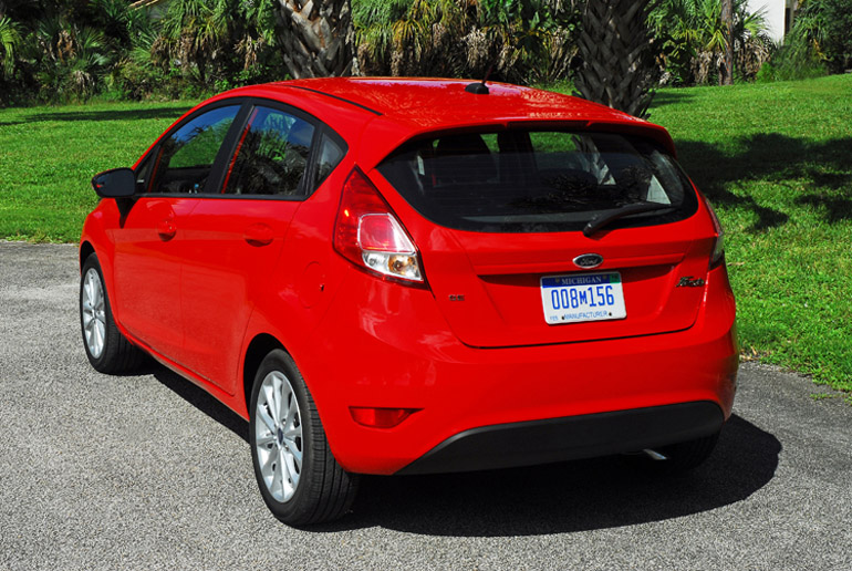 2014 Ford Fiesta SE Beauty Rear Done Small