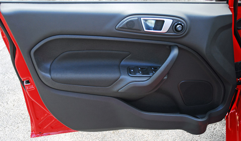 ... competitive subcompact segment of the automotive marketplace with excellent styling a fun-to-drive fuel efficient driving experience a comfortable ... & 2014 Ford Fiesta SE 5-Door Review \u0026 Test Drive Pezcame.Com
