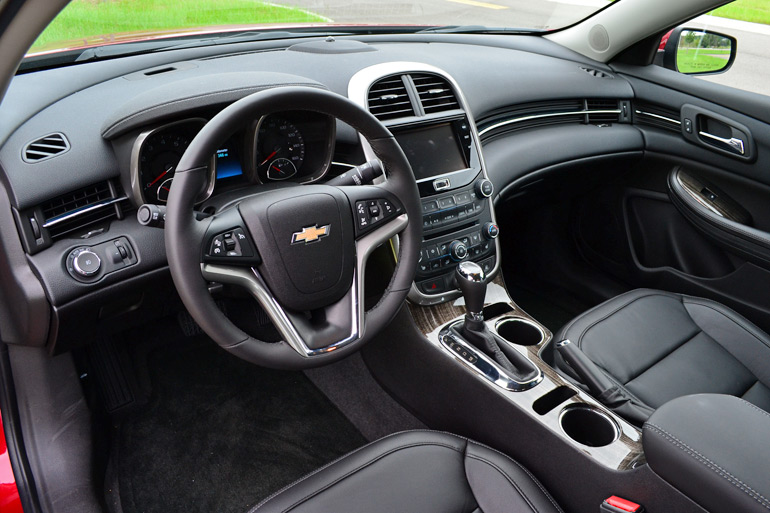 2014-chevy-malibu-ltz-turbo-dashboard
