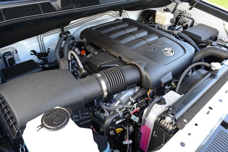 2014-toyota-tundra-crewmax-4x2-platinum-engine