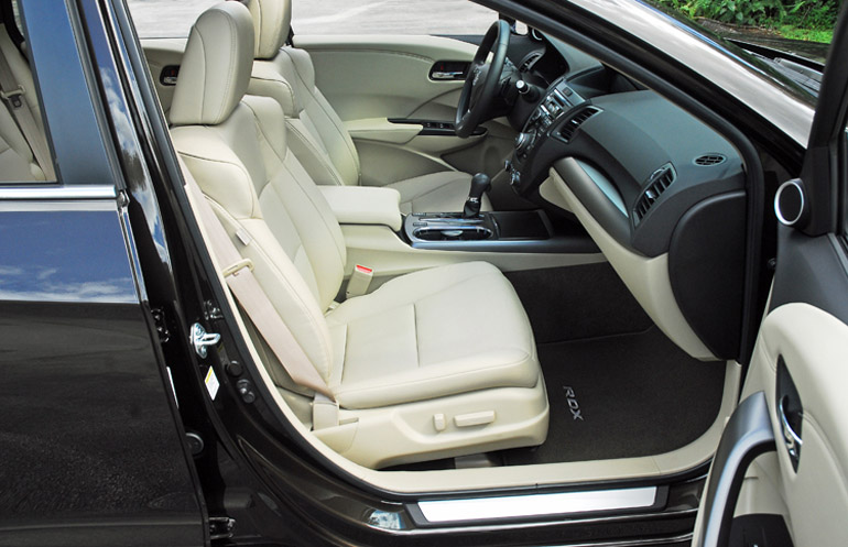 2014 Acura RDX AWD Adv Front Seats Done Small