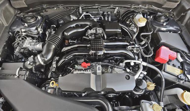 2014-subaru-forester-25i-engine