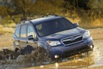 2014-subaru-forester-25i-water
