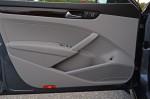 2014-volkswagen-passat-v6-sel-premium-door-trim