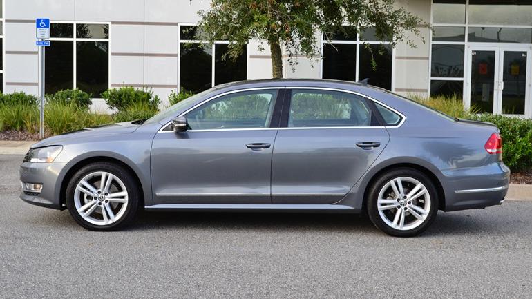 2014-volkswagen-passat-v6-sel-premium-side