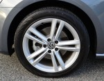 2014-volkswagen-passat-v6-sel-premium-wheel-tire