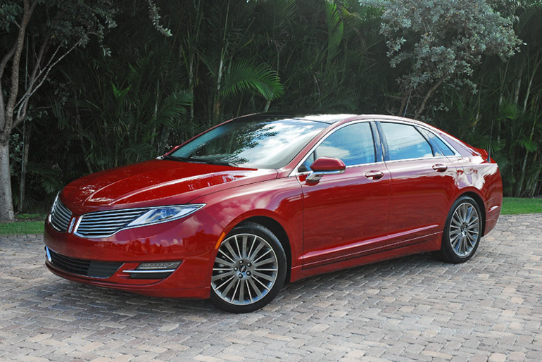 2013 Lincoln MKZ AWD Beauty Right Wide Done Small