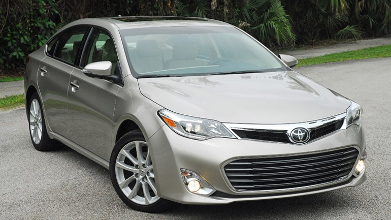 2013 Toyota Avalon Limited Review & Test Drive