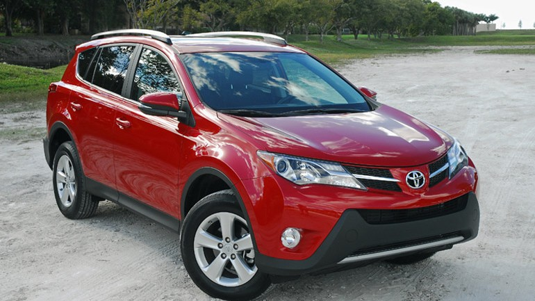 2013 Toyota RAV4 XLE AWD Review & Test Drive