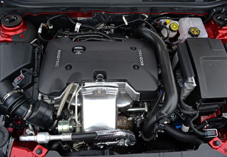 2014-buick-regal-turbo-engine