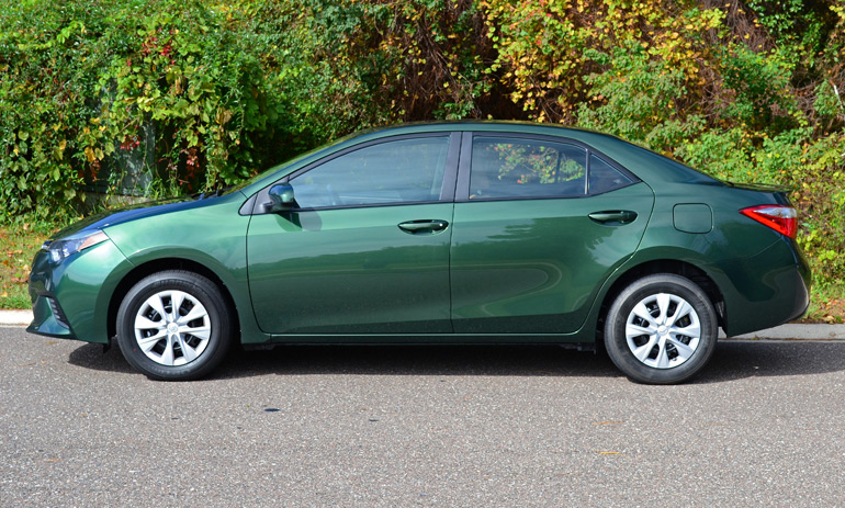 2014-toyota-corolla-le-eco-side