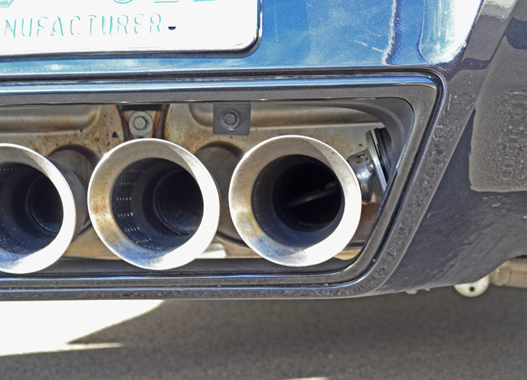 2014-chevrolet-corvette-stingray-exhaust-valve