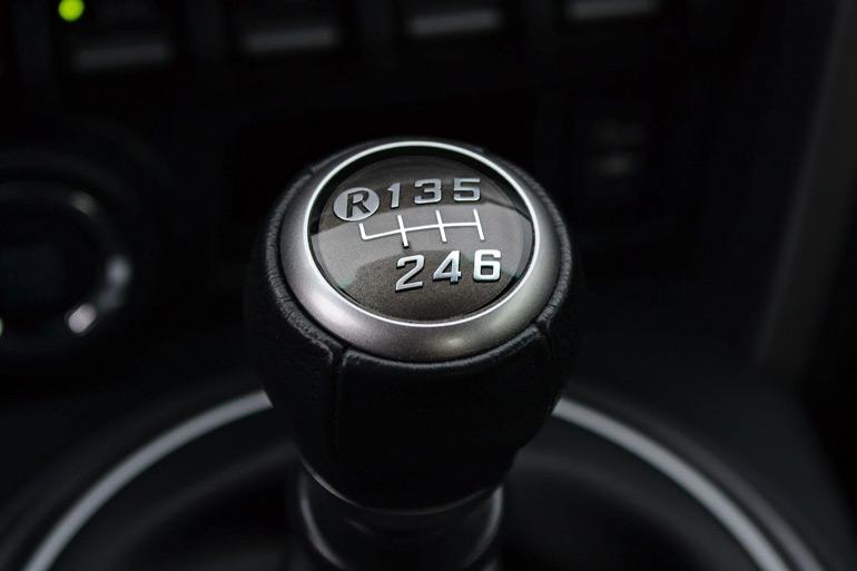 Subaru BRZ manual transmission