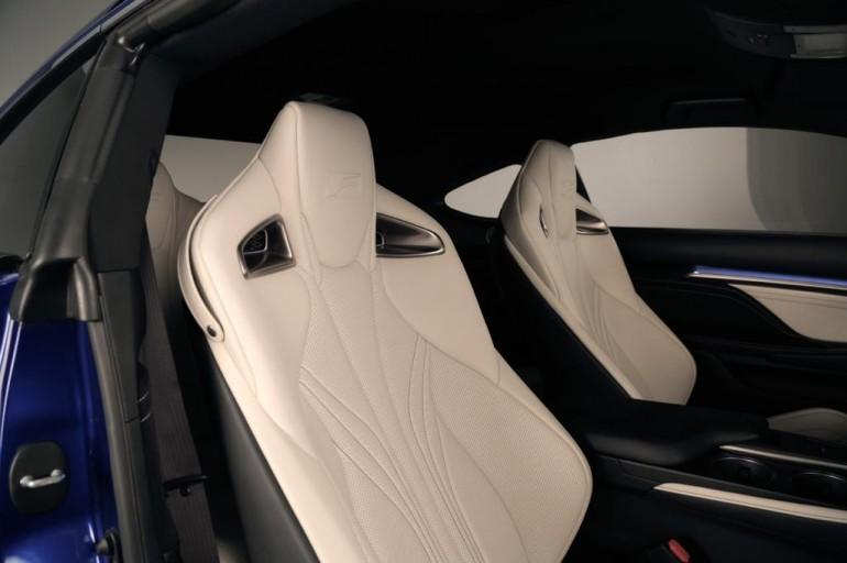 2015-Lexus-RC-F-Seat