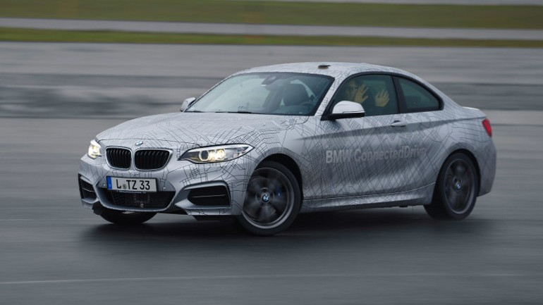 CES 2014: BMW ActiveAssist Takes Safety to new Heights and Can Drift Autonomously
