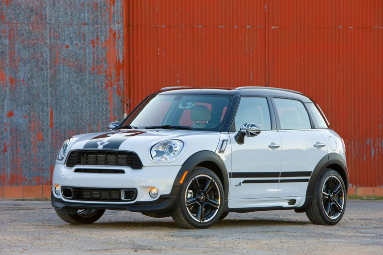 mini-cooper-s-countryman-all4_engine_3
