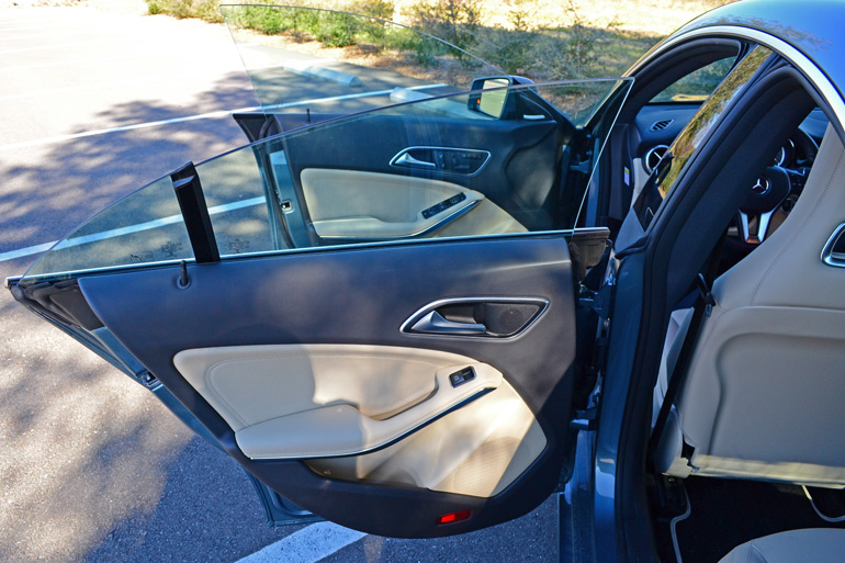 2014 Mercedes Benz Cla250 Frameless Doors