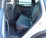 2014-volkswagen-touareg-rear-seats