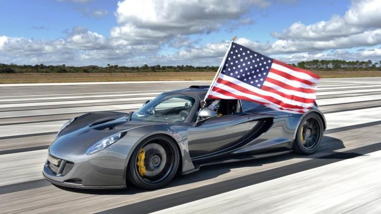 Hennessey Venom GT Running 270.49 MPH on NASA Runway: Video