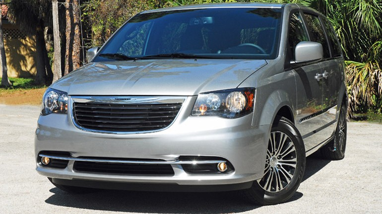 2014 Chrysler Town & Country S Review & Test Drive