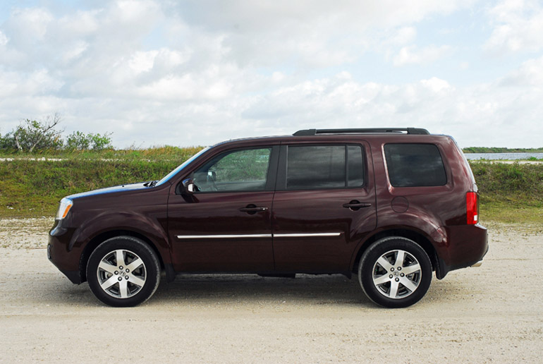 Nice 2014 Honda Pilot AWD Touring Beauty Side Done Small