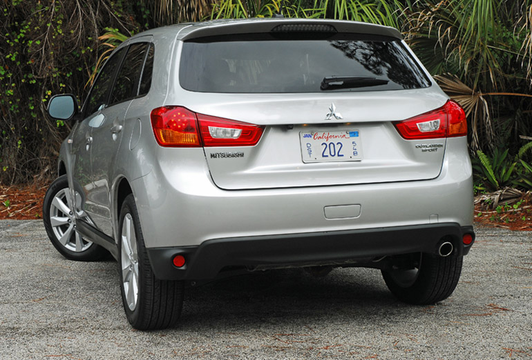 2014 Mitsubishi Outlander Sport Beauty Rear Done Small