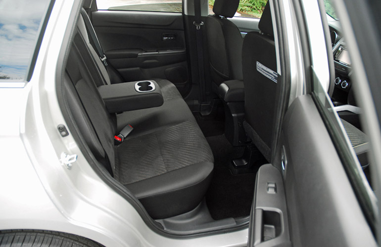 2014 Mitsubishi Outlander Sport Rear Seats Done Small