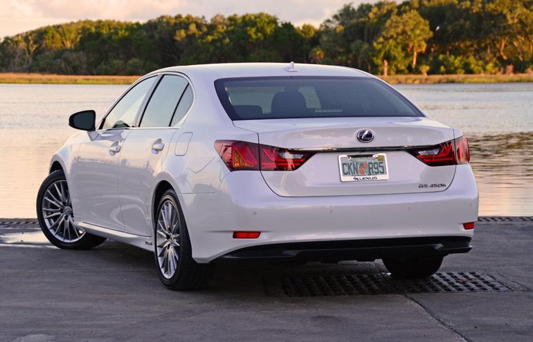 2014-lexus-gs-450h-rear2