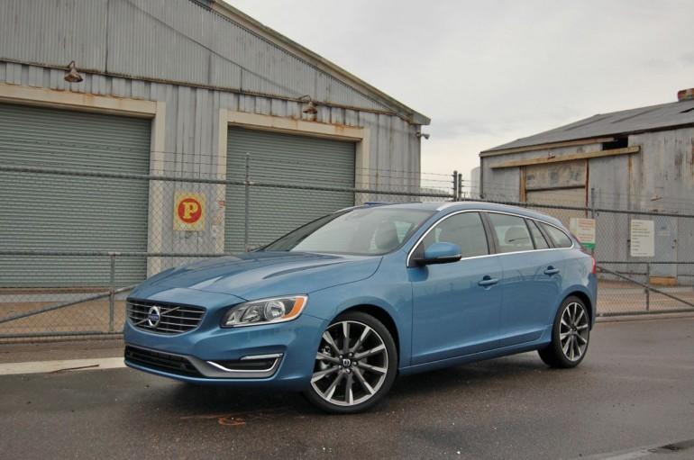 2015 Volvo V60 Money Shot