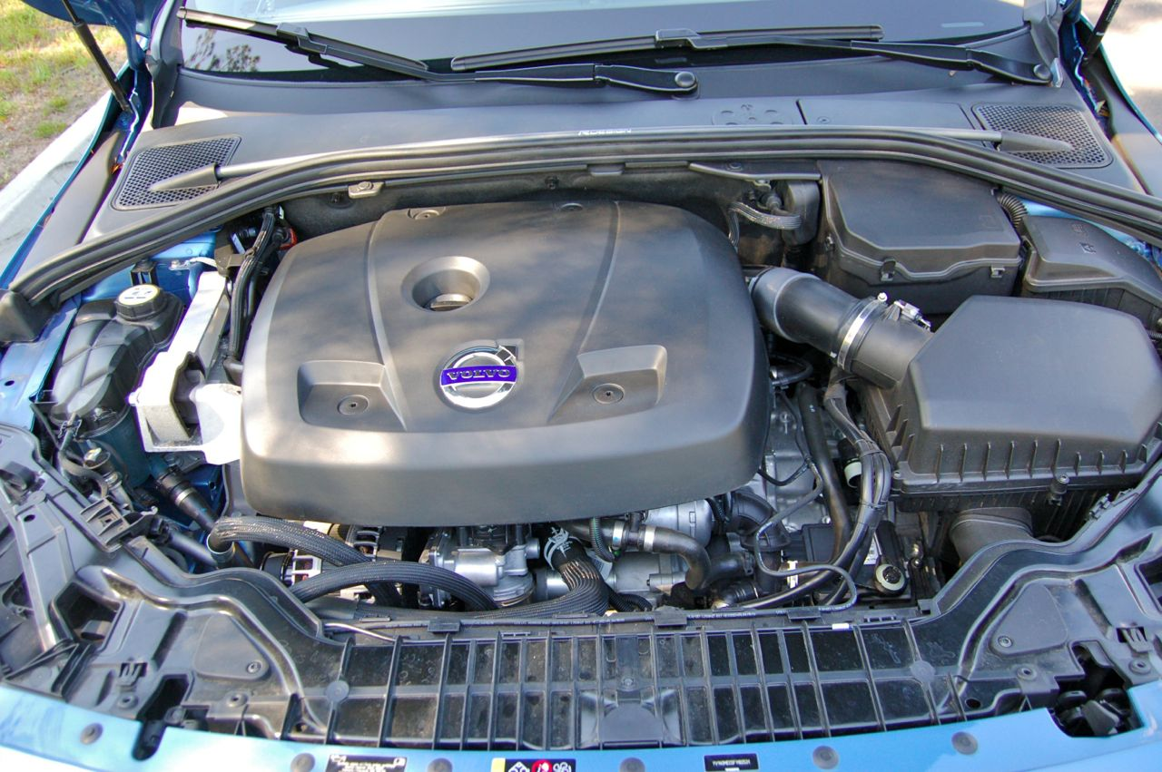 2015 Volvo V60 T5 Engine