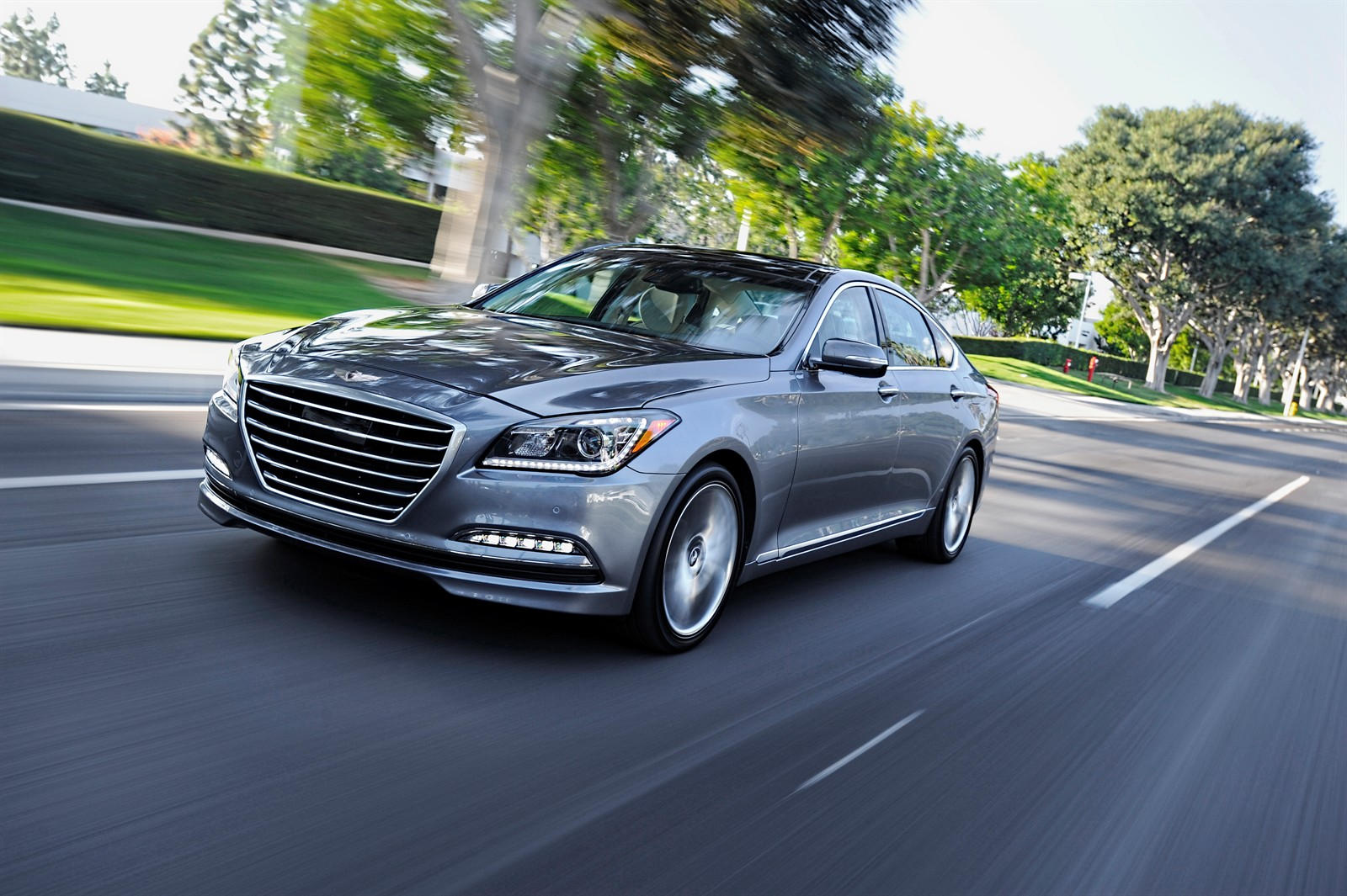 2015 hyundai genesis sedan starting price set at 38 000