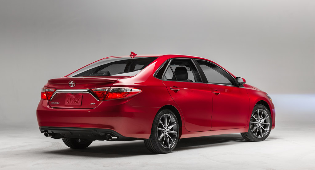 completely redesigned 2015 toyota camry revealed at 2014 new york auto show. Black Bedroom Furniture Sets. Home Design Ideas