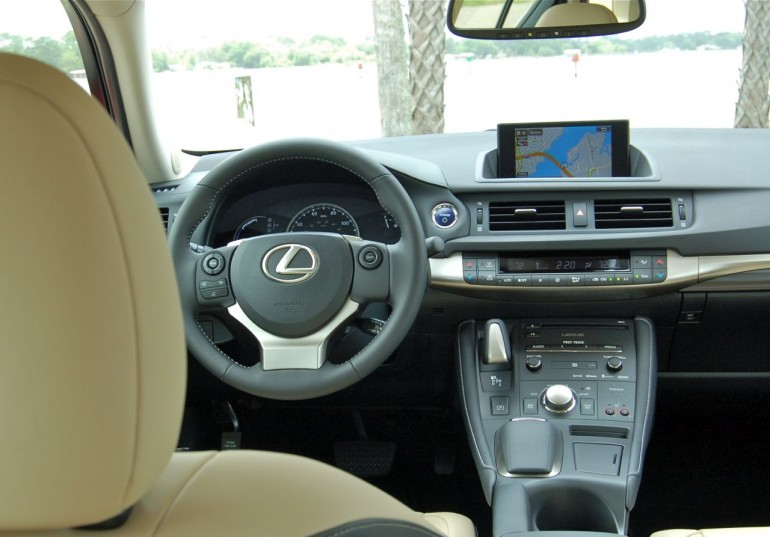 Interior 2014 Lexus CT200h