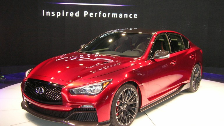 560-Horsepower Infiniti Q50 Eau Rouge Gets Closer to Reality: Video