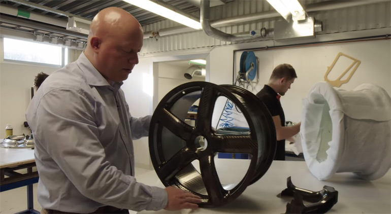 Making Carbon Fiber Wheels: Inside Koenigsegg Video
