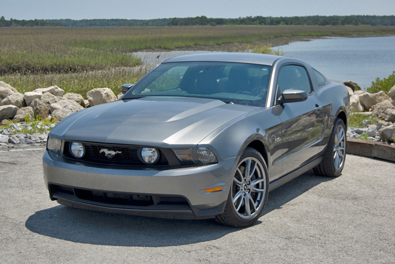 2011-ford-mustang-gt